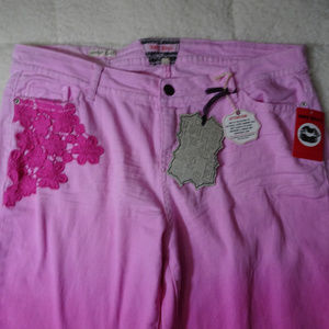 Hot Kiss Skinny Lily Pink Jeans w/ Flower Design